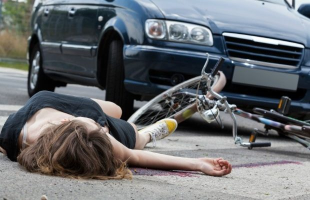 How to Handle a Bike Accident With a Vehicle